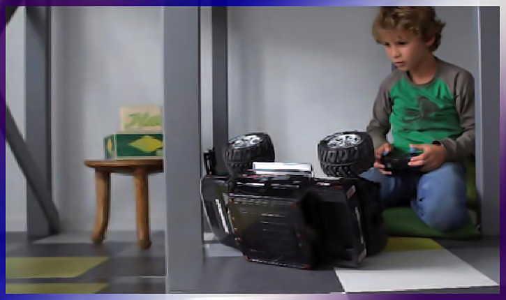 Как организовать пространство на балконе для ребенка