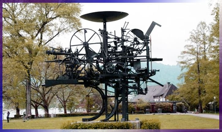 Идеи от скульптора Жана Тэнгли