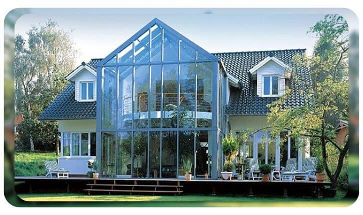 Устройство с облицовкой фасада из стекла