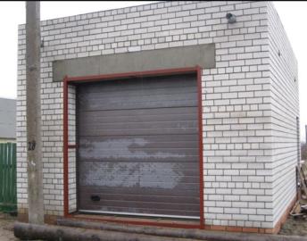 Строительство гаража из кирпича